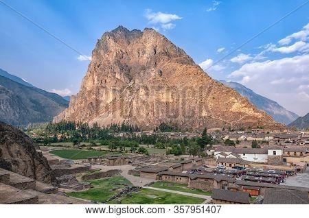 The Mountain Pinkuylluna Above The Town Ollantaytambo, Peru. During The Inca Empire, Was The Royal E