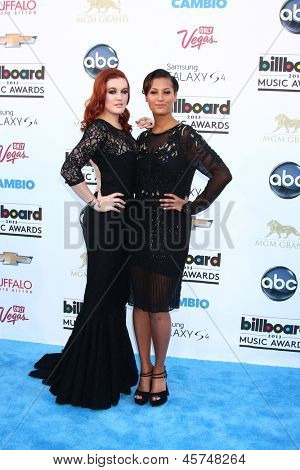 LOS ANGELES -  MAY 19: Caroline Hjelt and Aino Jawo of Icona Pop arrives at the Billboard Music Awards 2013 at the MGM Grand Garden Arena on May 19, 2013 in Las Vegas, NV