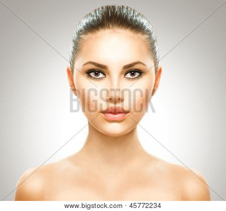 Beauty Girl. Beautiful Young Woman with Fresh Clean Skin, Beautiful Face. Pure Natural Beauty. Perfect Skin. Front Portrait of Beauty Girl. Youth
