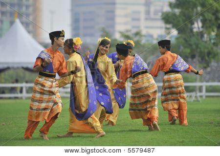 Folklore Dance Zapin