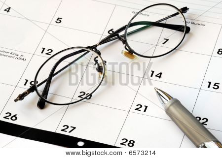 Plan the future with the calendar and a pen
