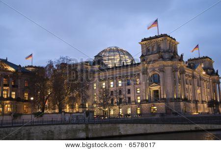 Berlin Reichstag Night