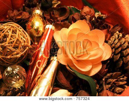 Christmas Potpourri 4