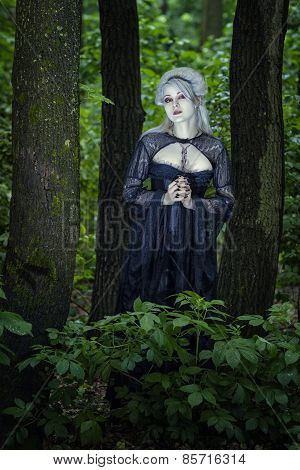 Beautiful Girl Cast In The Woods.