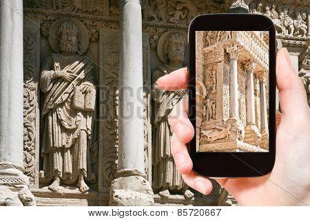 Tourist Photographs Church Of Saint Trophime Arles