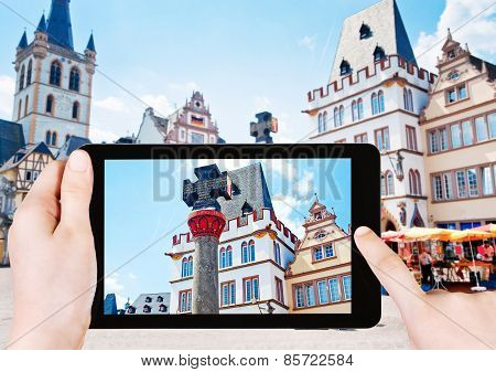 Tourist Photographs Of Market Square In Trier