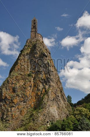 Mont D'aiguilhe At Le Puy En Velay