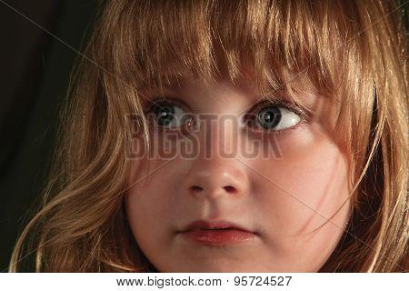 Little Girl Look 01