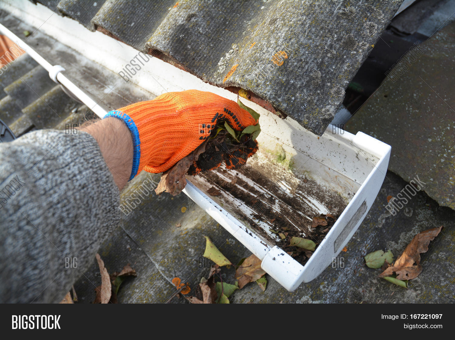 Rain Gutter Cleaning Image Amp Photo Free Trial Bigstock