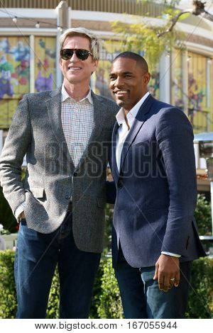 LOS ANGELES - JAN 25:  Matthew Modine, Jason George at the Greet the Actor Statue - SAG Event at The Grove on January 25, 2017 in Los Angeles, CA