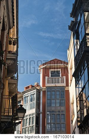 Leon (Castilla y Leon Spain): historic buildings in Calle Cardiles with the typical verandas