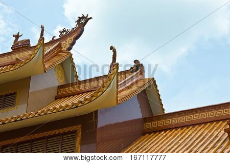 Chinese roof structure sky background (Chinese roof )