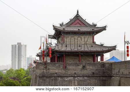 China, Xi'an. City fortification wall encircling the old city. Wall height of twelve to fourteen meters, length of about fourteen kilometers. Watchtowers are located from each other at a distance arrow flight.