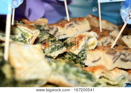 Pastry filled with spinach and ricotta cheese