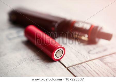 Broken Vaping Device.replace E-cig Battery