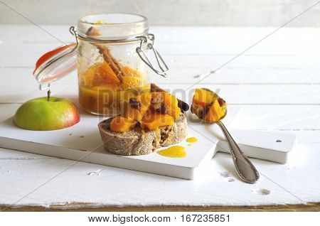 home made pumpkin chutney with apple, raisins and cinnamon