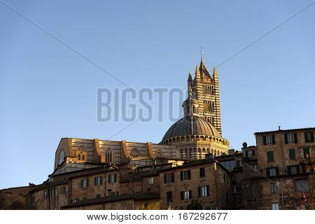 Siena Cathedral (Santa Maria Assunta) 1220-1370 in the evening. Toscana (Tuscany) Italy Europe