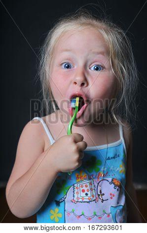 Little Girl Brushing Her Teeth, Girl Brushing Her Teeth, Funny Little Girl Brushing Her Teeth, Dark
