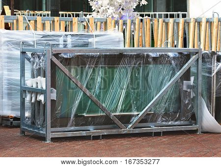 Construction articles made of glass wrapped in special bags for transportation