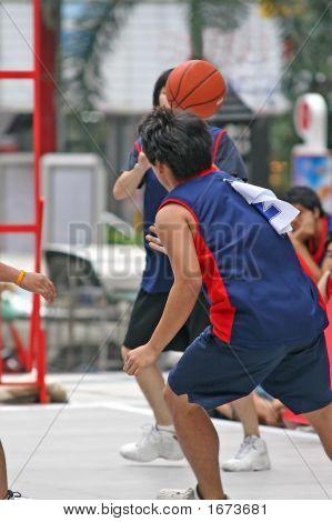 Basketball Pass