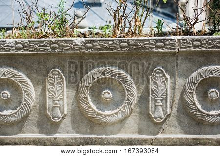 Example of Ottoman art patterns applied on stone