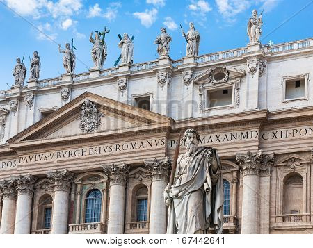Statue Paul The Apostle And St Peter's Basilica