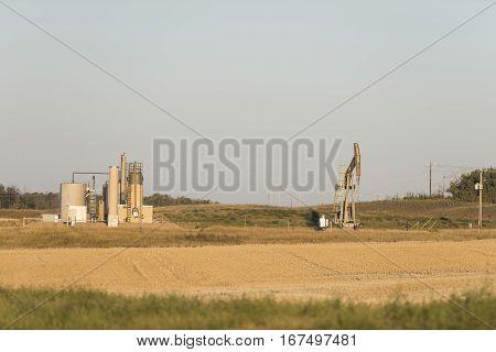 An oil well in the prairie of North Dakota