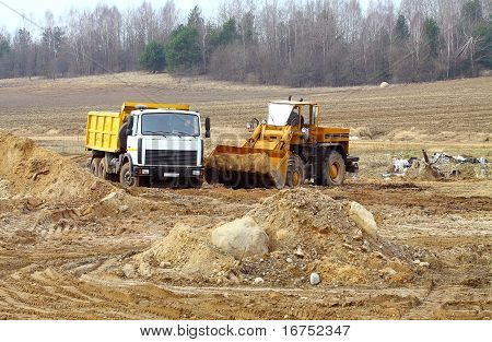 Large Earth Moving Heavy Equipment