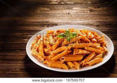 Penne with pesto sauce