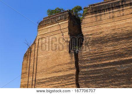 Ruined Pagoda in Mingun Paya / Mantara Gyi Paya ,Myanmar.