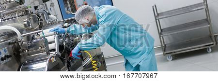 Widescreen Picture, Factory Worker Work With Machine, Steel Machines