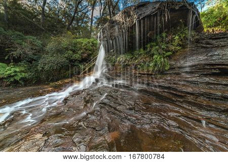 Blue Mountains Waterfalls. Weeping Rock Falls