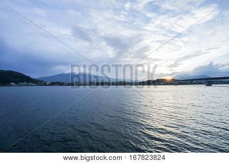 Kawaguchiko lake in sunset with Fuji mountain backdrop