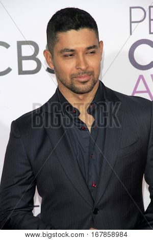LOS ANGELES - JAN 18:  Wilmer Valderrama at the People's Choice Awards 2017 at Microsoft Theater on January 18, 2017 in Los Angeles, CA