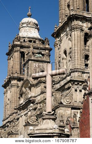 Detail on the Metropolitan cathedral of Mexico city