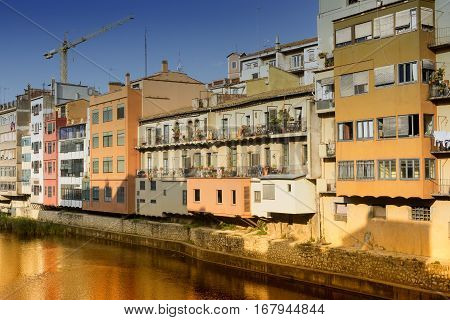 Girona (Gerona Catalunya Spain): old colorful houses along the Onyant river