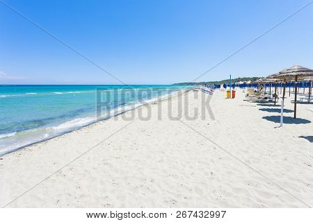 Alimini Grande, Apulia, Italy - Visiting The Huge Beach Of Alimini Grande