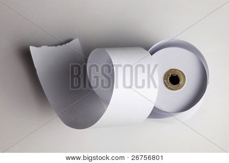 loses Papier Rolle isoliert auf weiss