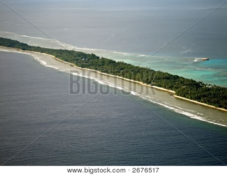 Long Winding Island Atoll In The Pacific Ocean