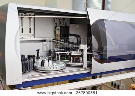 Laboratory Immunoassay Analyzer. Diagnosis Of Infectious Diseases And Allergic Reactions. Prenatal S