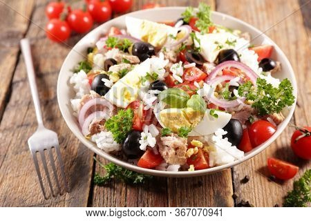 rice mixed salad with vegetable, tuna and egg