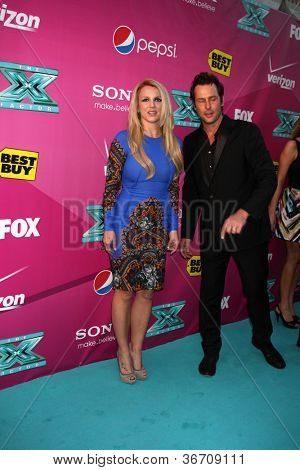 LOS ANGELES - SEP 11:  Britney Spears arrives at the FOX Season 2 Premiere of X-Factor at Graumans Chinese Theater on September 11, 2012 in Los Angeles, CA