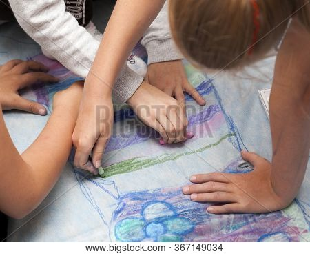 A Group Of Young Children Drawing With Colorful Pastels On A Special Canvas, Hands Visible. Diy, Do