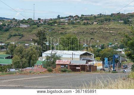 Ficksburg, South Africa - March 20, 2020: A Street Scene In Ficksburg. The Ficksburg Bridge Border C