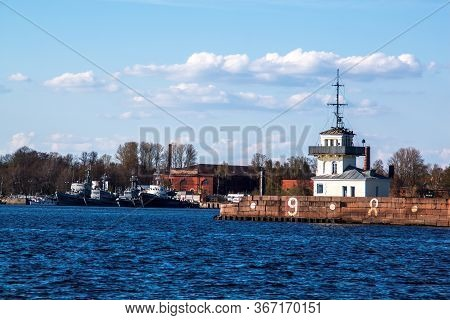 Kronshtadt, Saint Petersburg, Russia - May 3, 2015: Seascape Overlooking The Internal Raid Fortess K