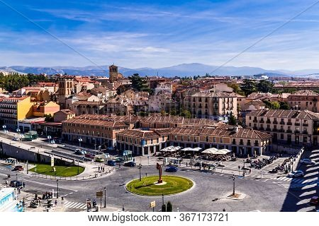 Segovia, Spain  - 09 October 2016: Plaza Artilleria And Avenue Padre Claret  In Segovia. Castile And