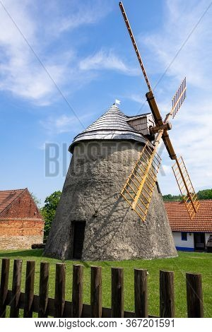 Kuzelov Czech Republic / Southern Moravia - May 17, 2020 - Wind Mill Of Holland Type In Kuzelov - Te