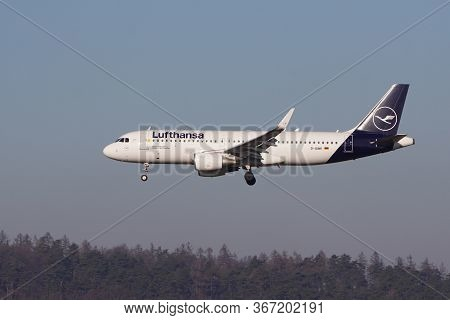 Airplane Lufthansa Airbus A320 On Background Of Blue Sky. Cancellation Or Resumption Of Flights, Pan