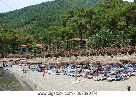 Marmaris, Turkey - May 18: The Tourists Enjoing Their Vacation In Luxury Hotel On May 18, 2013 In Ma