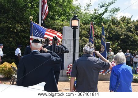 Colonial Heights, Virginia / Usa - May 27, 2019: Former Military, City Officials, Guests And Citizen